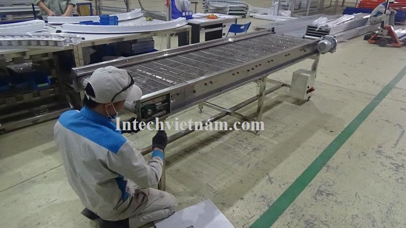 Băng tải lưới Inox