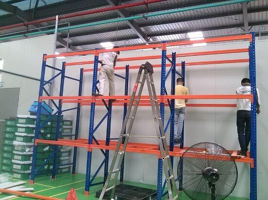 Giá kệ chứa hàng cho nhà máy tại Hưng Yên